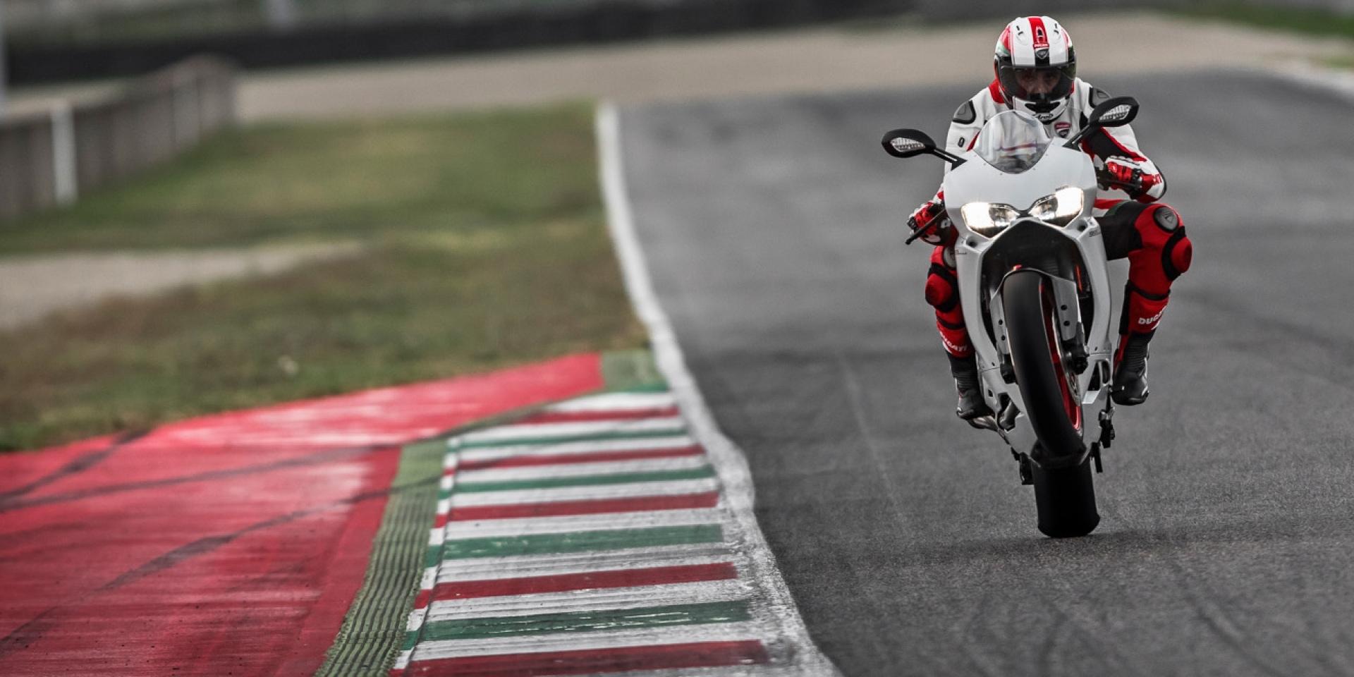 米蘭車展。晉升掛階 Ducati 959 Panigale發表 (圖集)