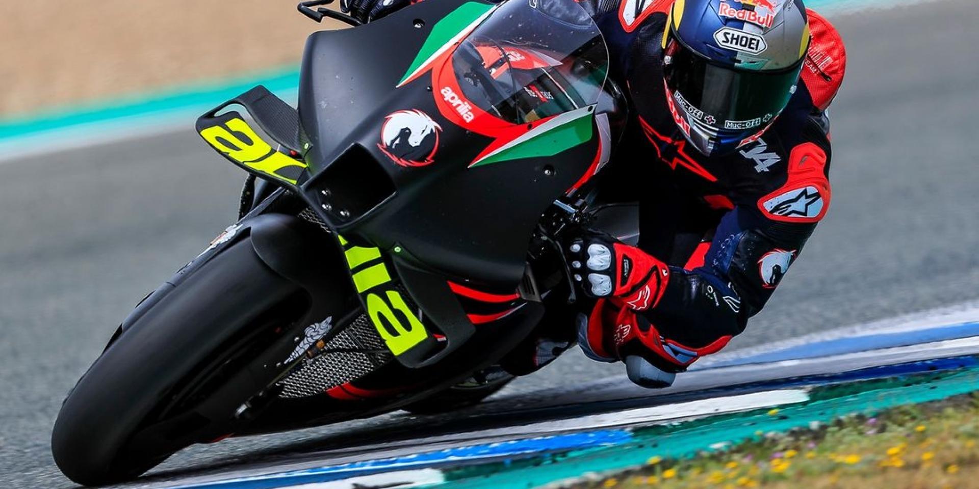 在Jerez初見APRILIA!Andrea Dovizioso:Easy Bike!