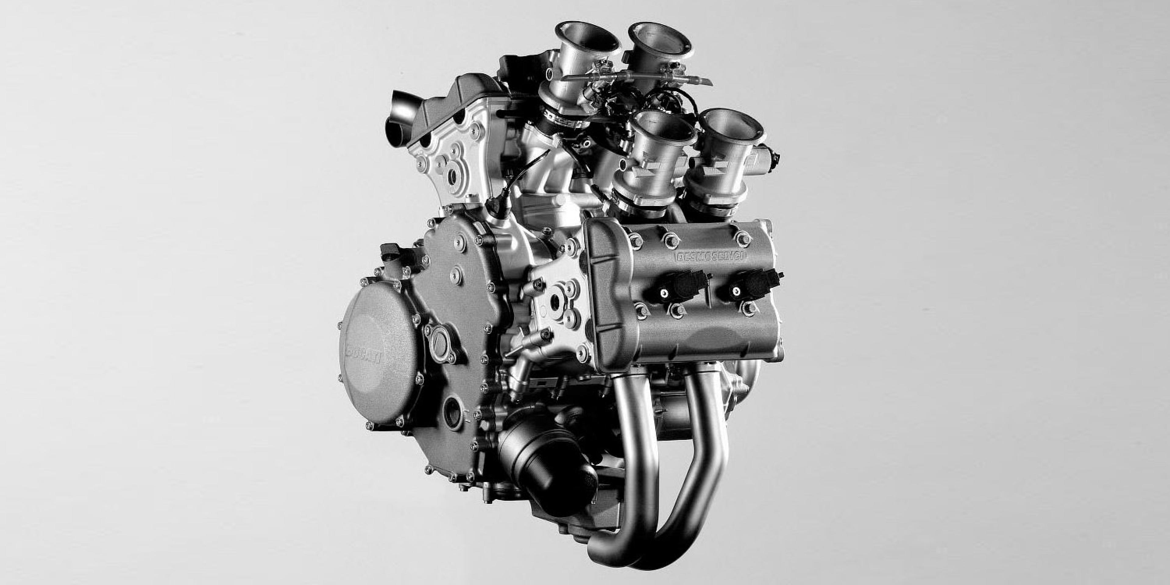 GP技術下放。DUCATI 證實將推出L型四缸仿賽!