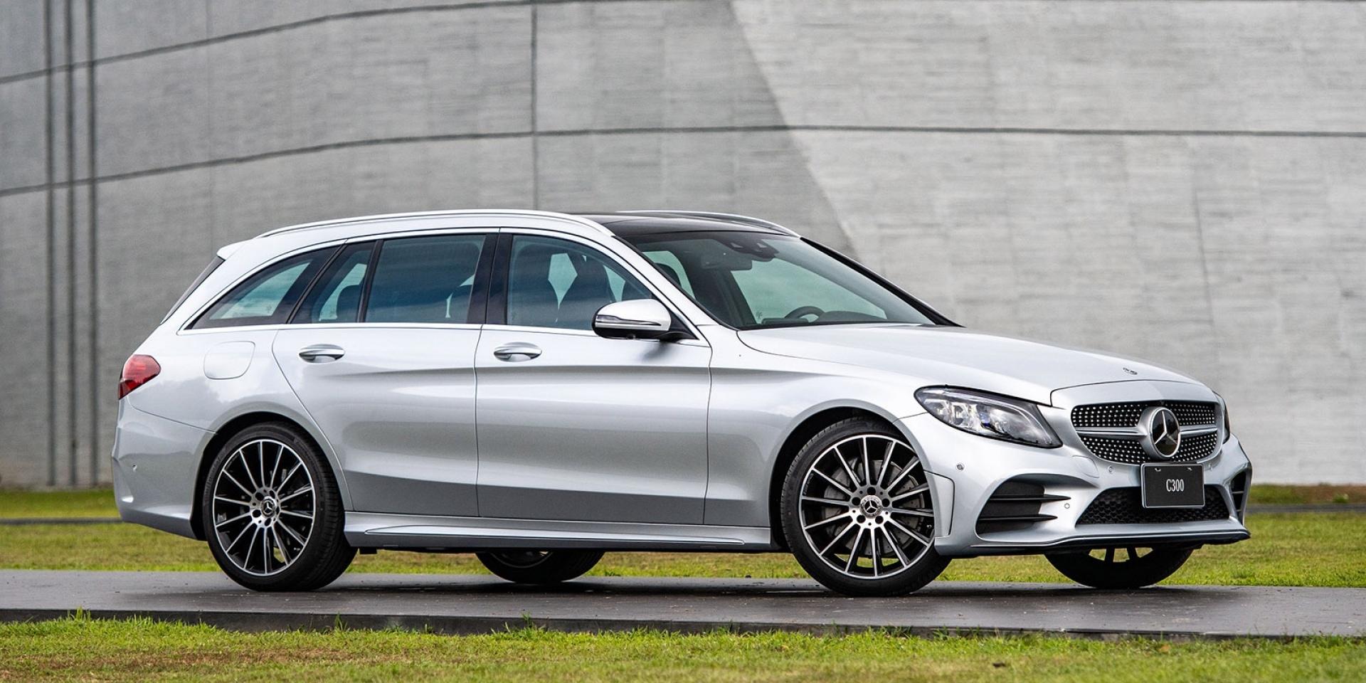 官方新聞稿。Mercedes-Benz The new C-Class 運動外觀 x 豪華座艙 x 智慧配備 正 19 年式 「進化版」 全面有感升級