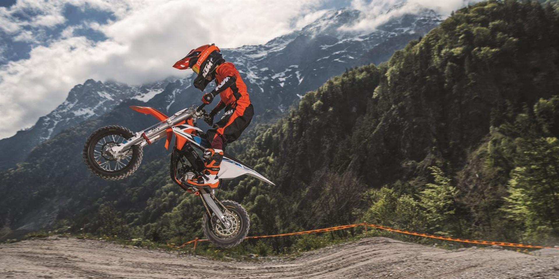 買台KTM給小孩騎吧!KTM SX-E 5 小尺寸越野車!
