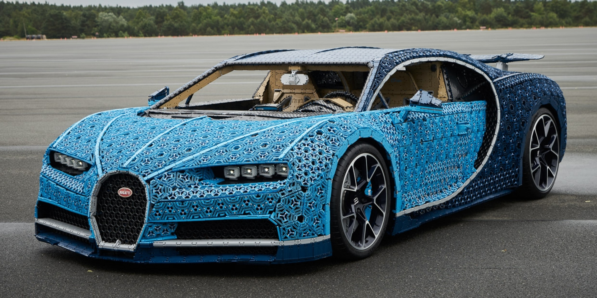 買不起真的Bugatti Chiron?那自己組一輛樂高版的吧!