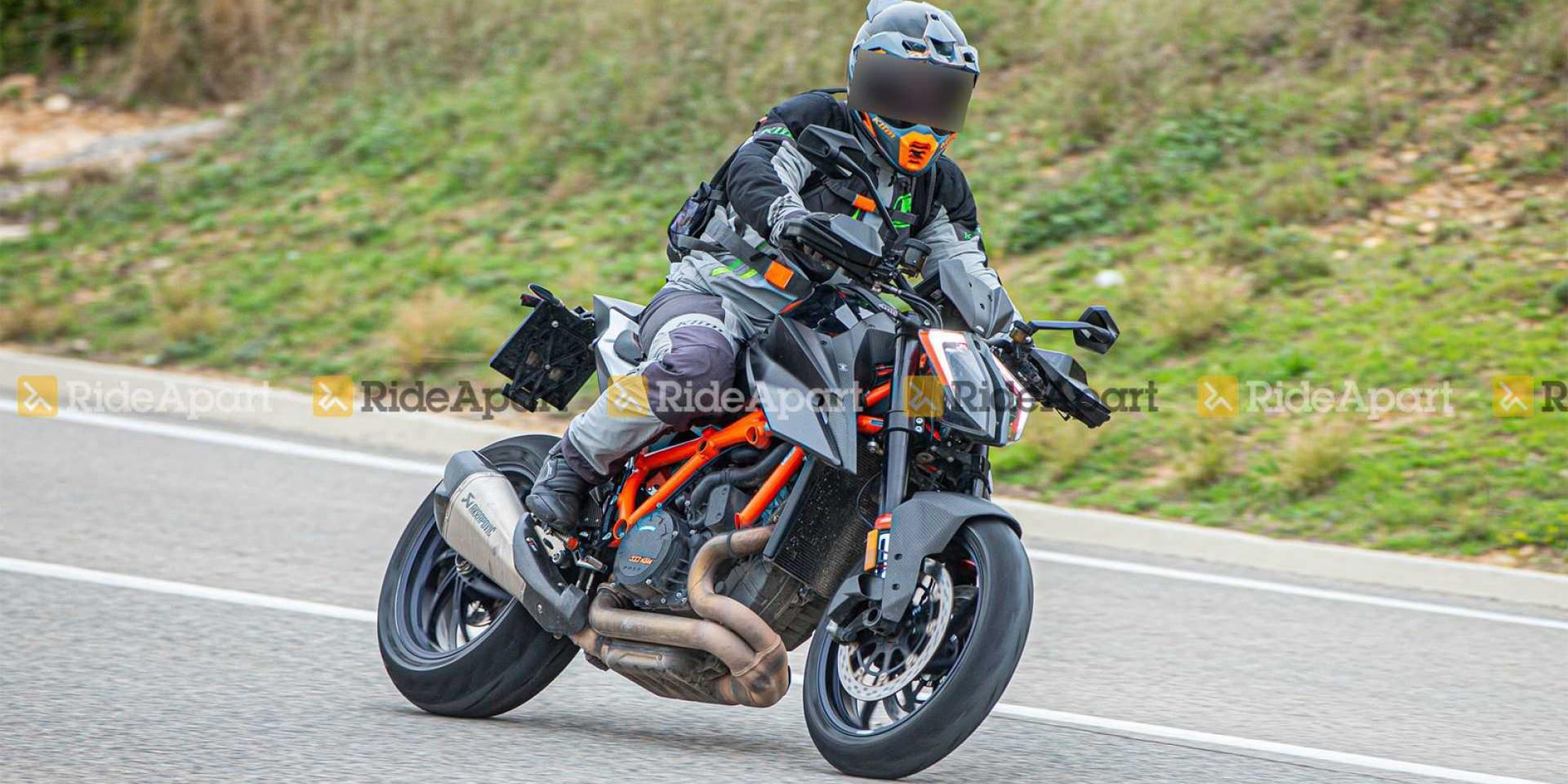 加上Carbon更殺!KTM 1290 SUPER DUKE RR間諜照曝光