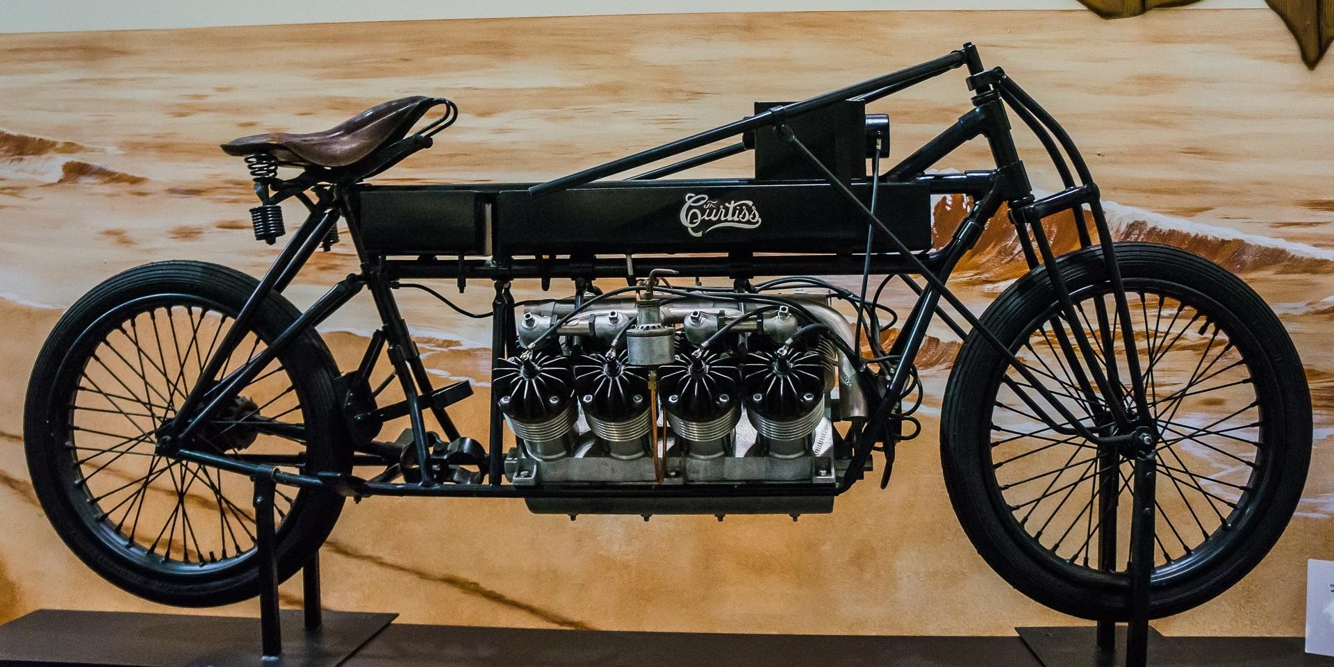 機車V8引擎巡禮(一):怪獸始祖 Curtiss V8