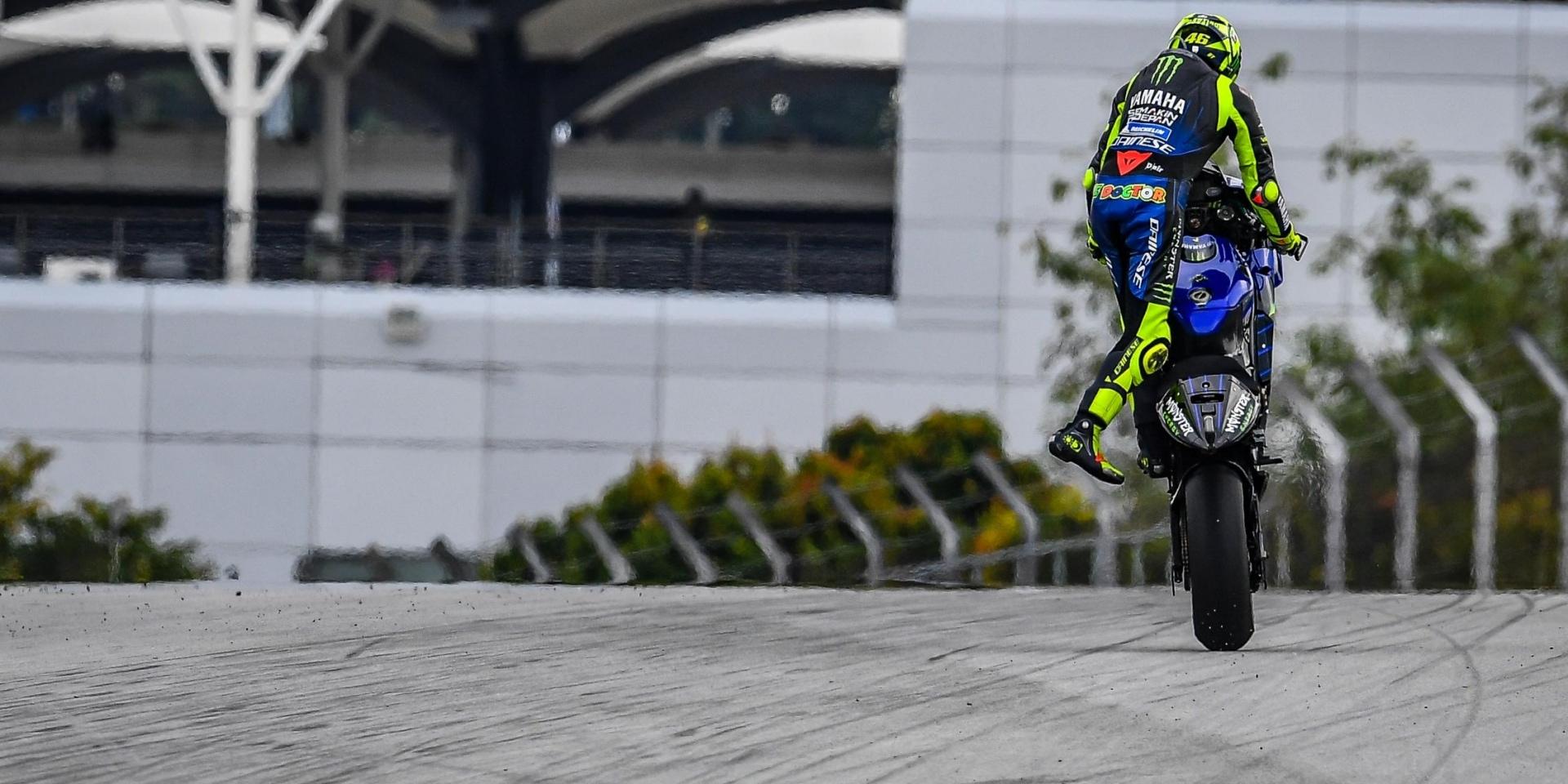 老?你確定?Valentino Rossi在Sepang享受競爭頒獎台,打破正賽最速單圈記錄!
