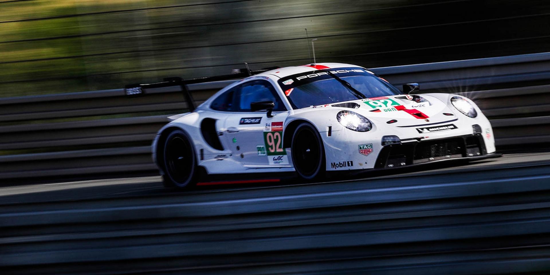 24小時利曼耐力賽。Porsche 911 RSR的壓力測試。最極限的賽事:在兩萬次換檔和兩千八百萬次火星塞點火之間!