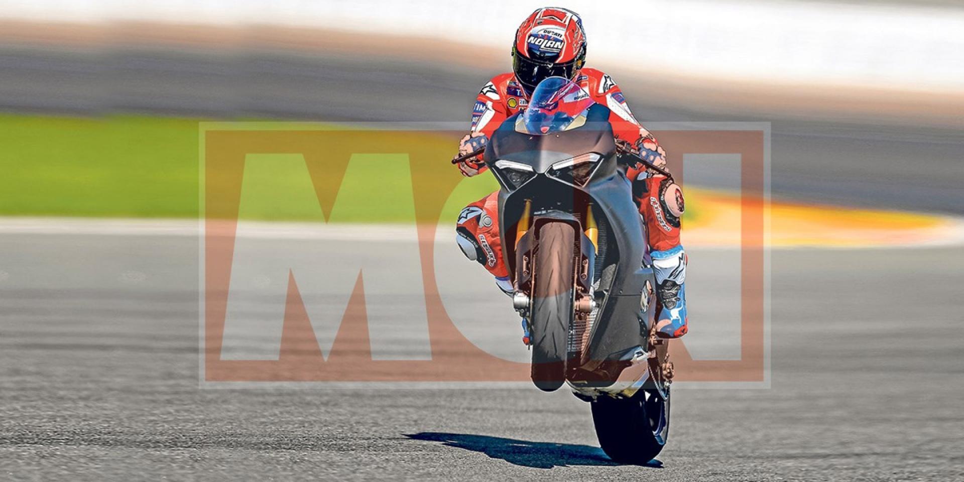 Casey Stoner賽道測試Ducati Panigale V4,驚見新一代Pirelli Supercorsa!
