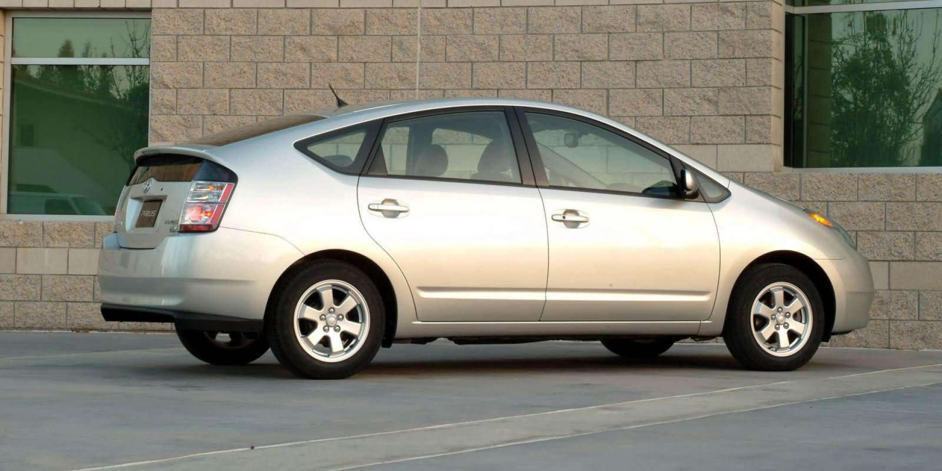是忠誠度高還是「開不壞」?這款Toyota在美國持有15年以上的比例最高!