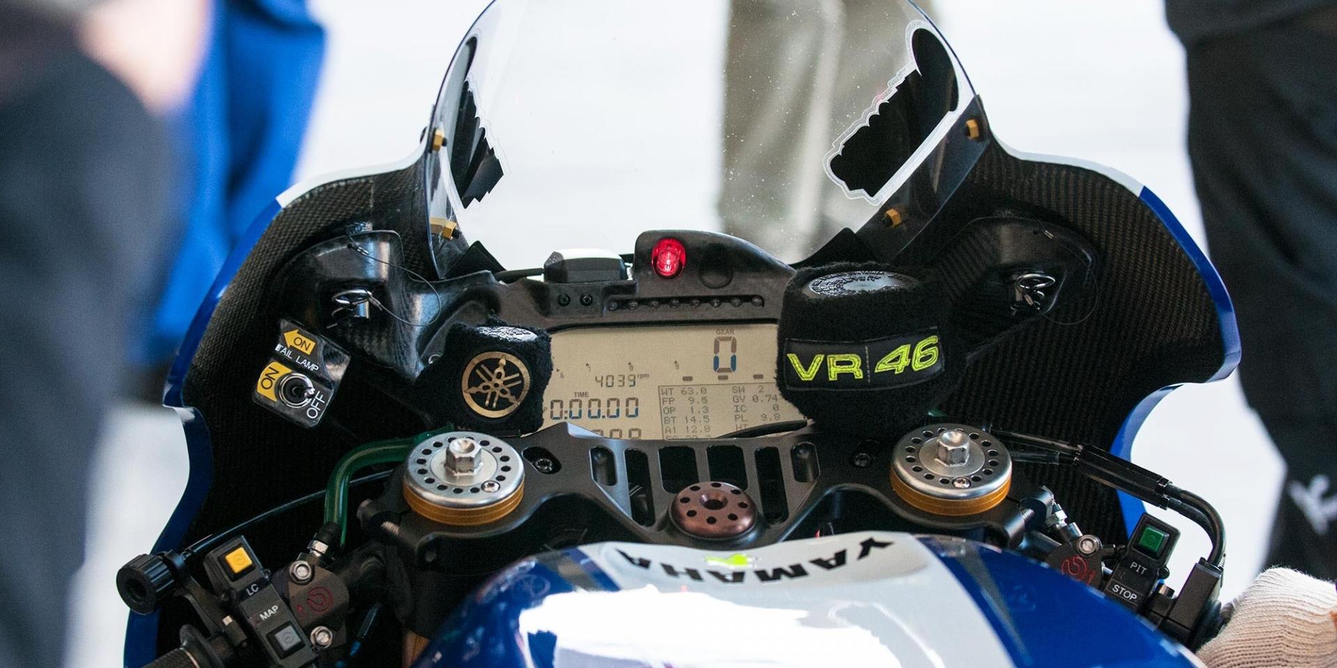 YAMAHA的亡羊補牢?Valentino Rossi:引擎凍結規定並不能當作藉口!