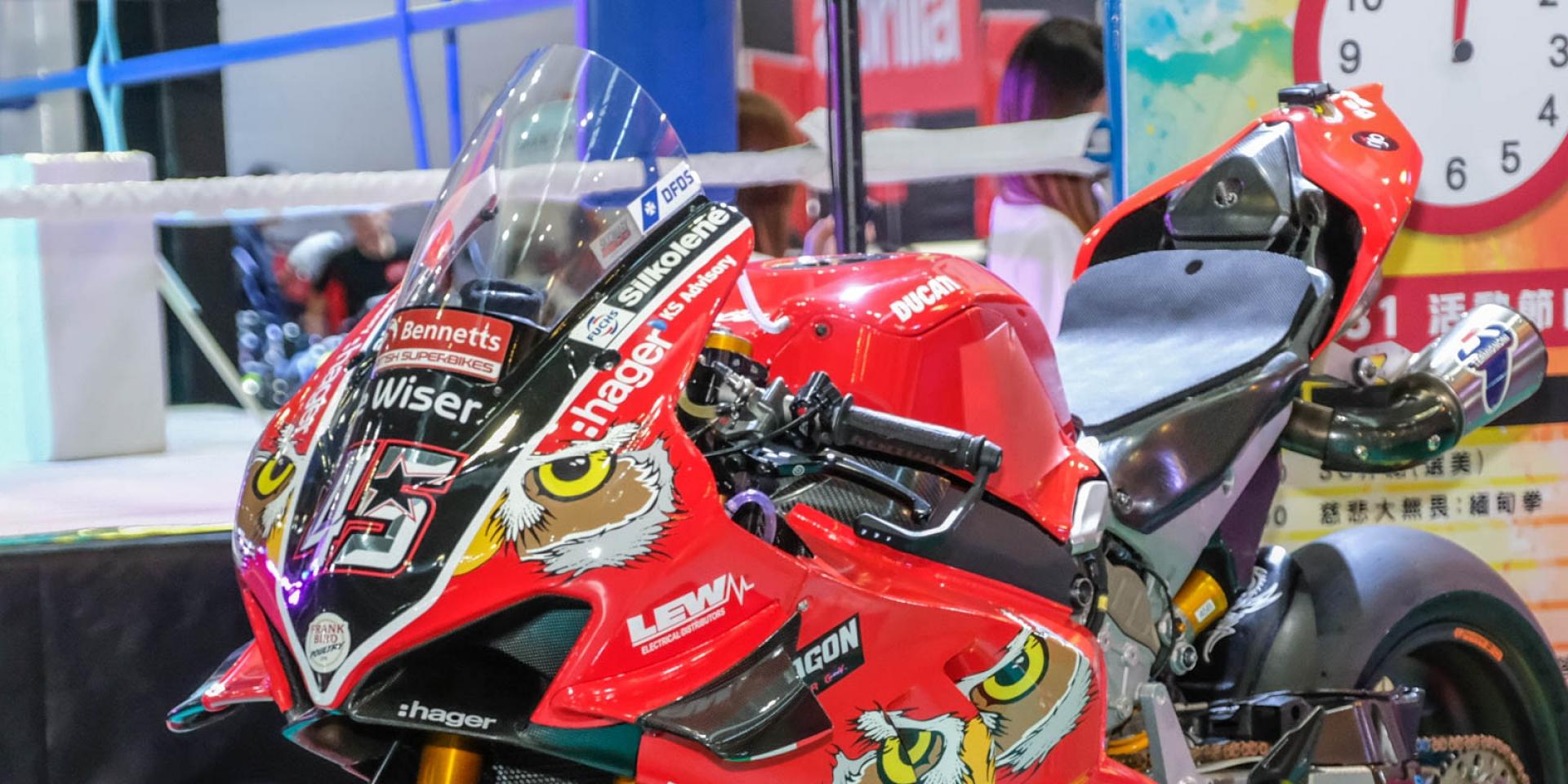 SHOEI X14 6折起出清、BSB冠軍Ducati V4R廠車展示 台機2勢力週末登場