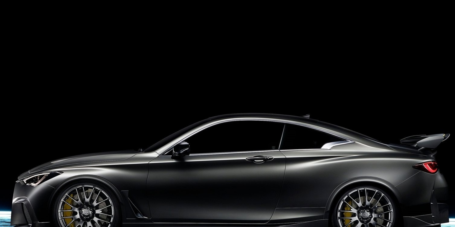 移植F1賽車引擎 INFINITI Q60 PROJECT Black S Concept