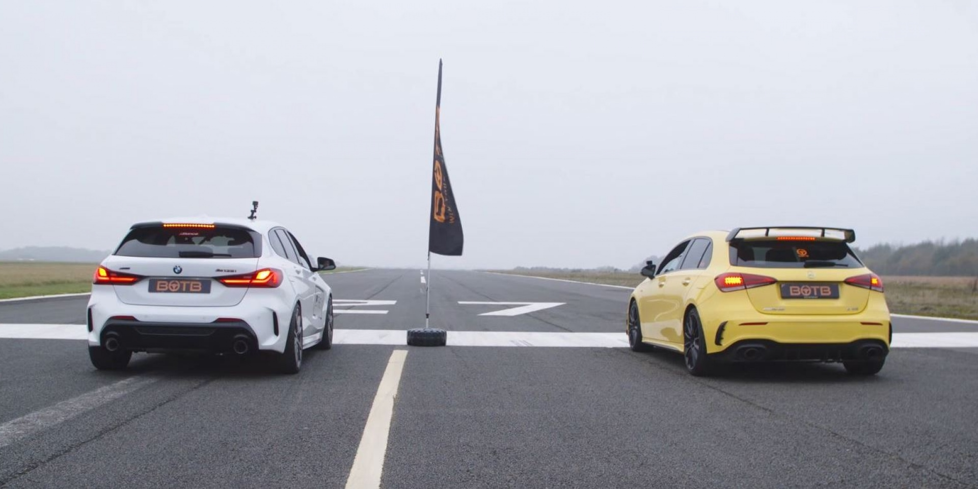 BMW M135i對上Mercedes-Benz A35 誰加速更快?