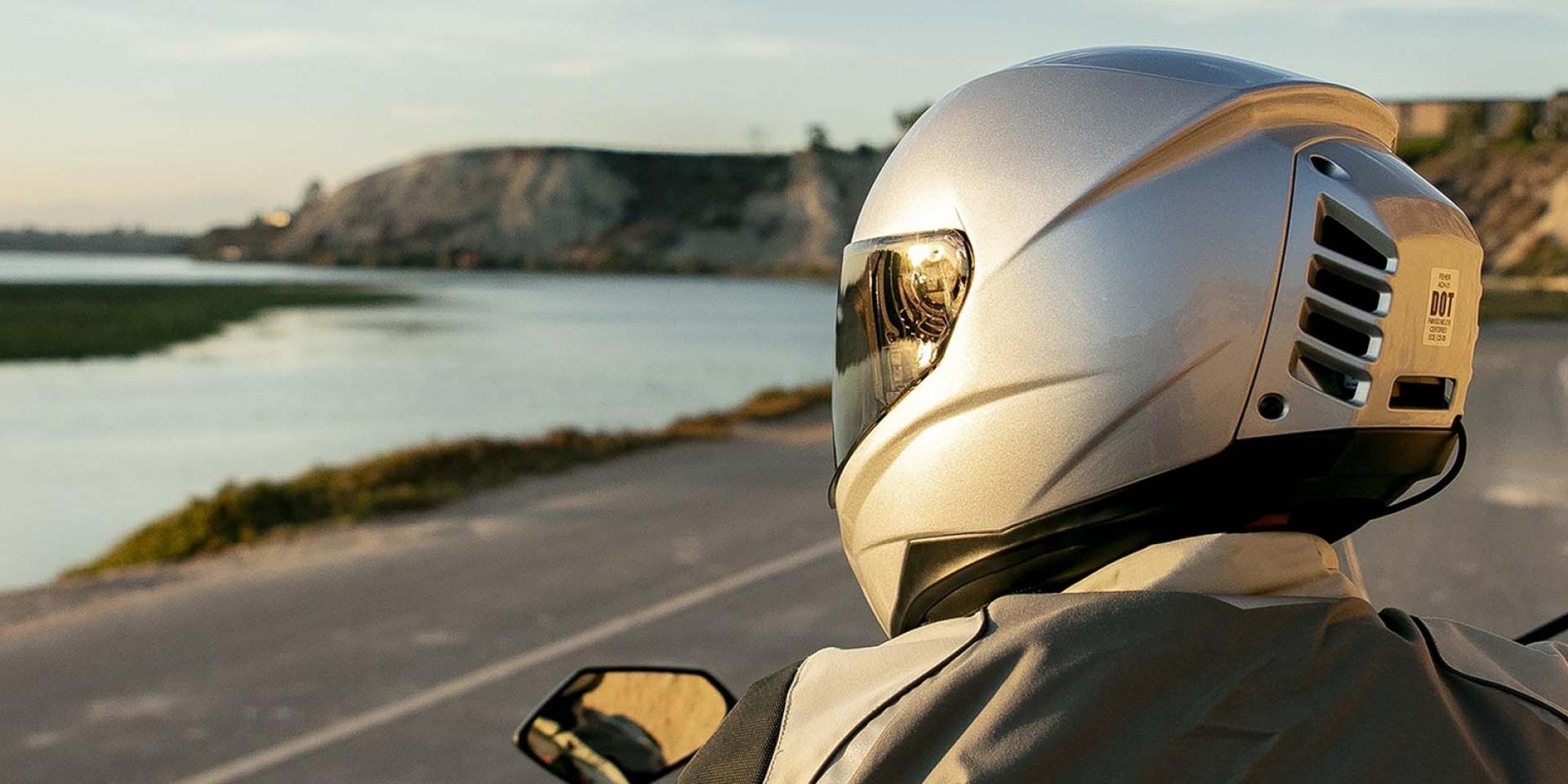 鴨尾冷氣設計超帥氣!Feher HelmetsACH-1冷氣安全帽