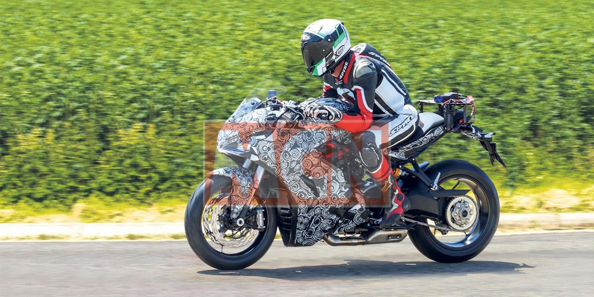 捕獲Ducati SuperSport939測試車