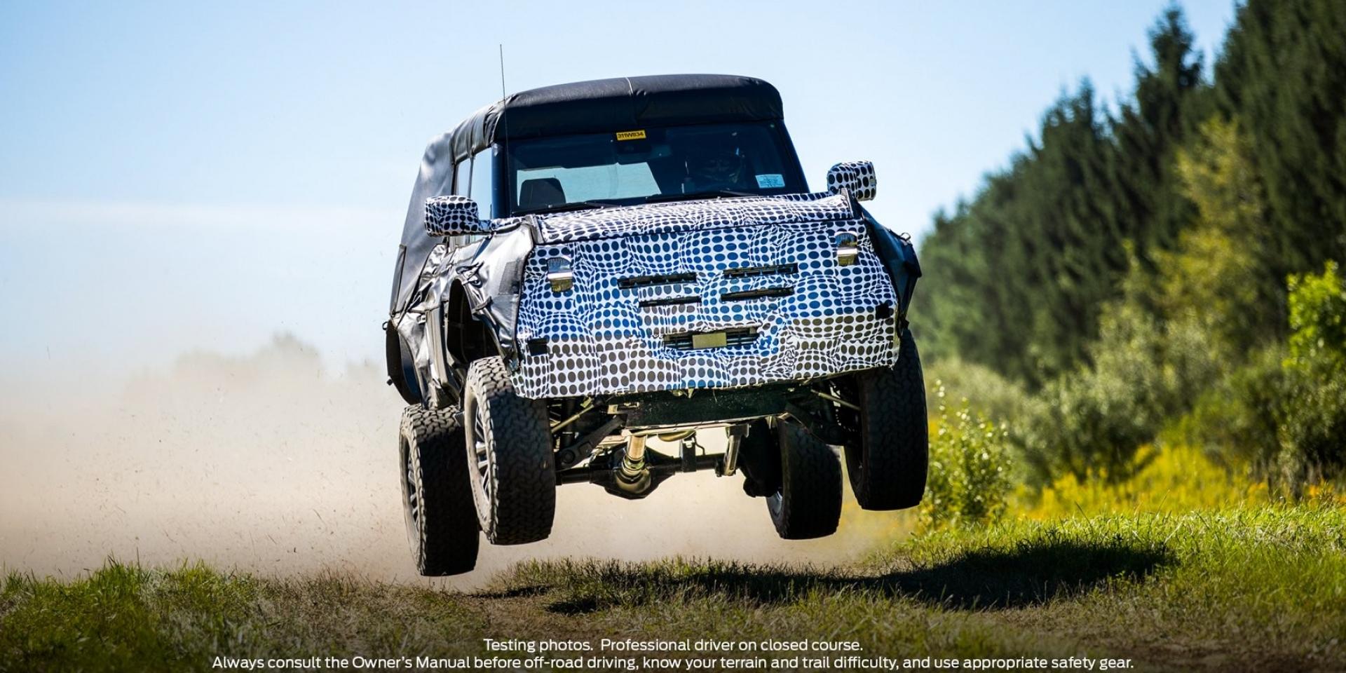 出廠就是越野悍將!Ford Bronco搭載37吋輪胎也不是問題!