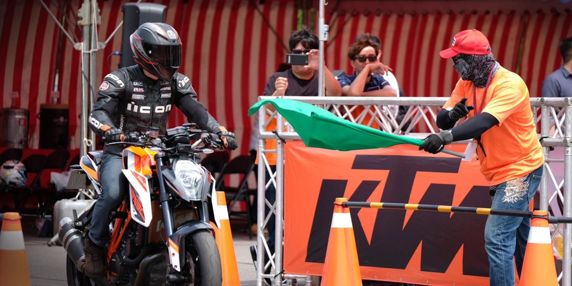 橘色狂潮來襲! KTM DUKEHANA 2017首次登台