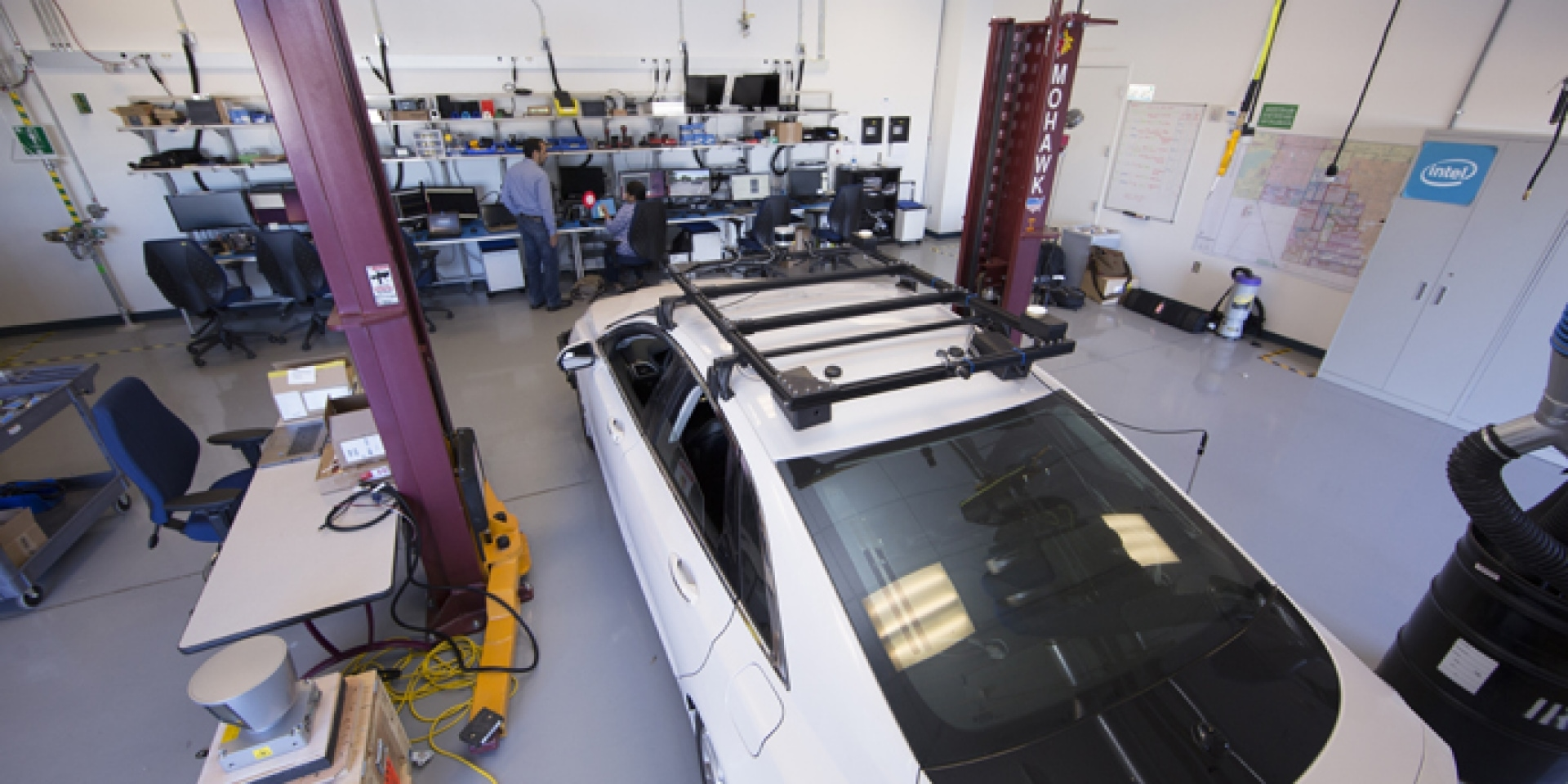 BMW+Intel+Mobileye +飛雅特克萊斯勒。四強聯手開發自動駕駛