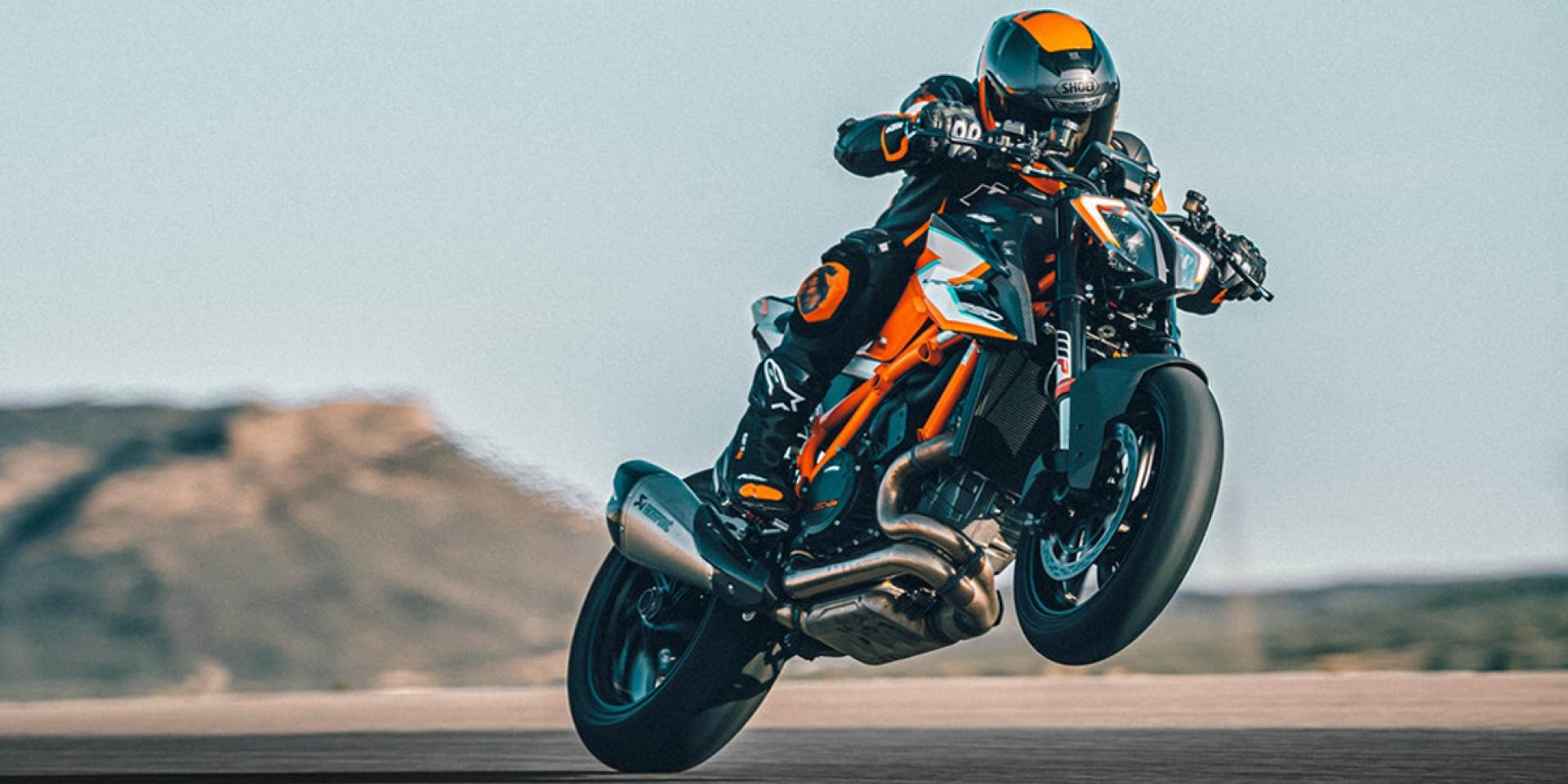 減重9公斤、一比一馬力重量比!KTM 1290 SUPER DUKE RR 限量500台發表