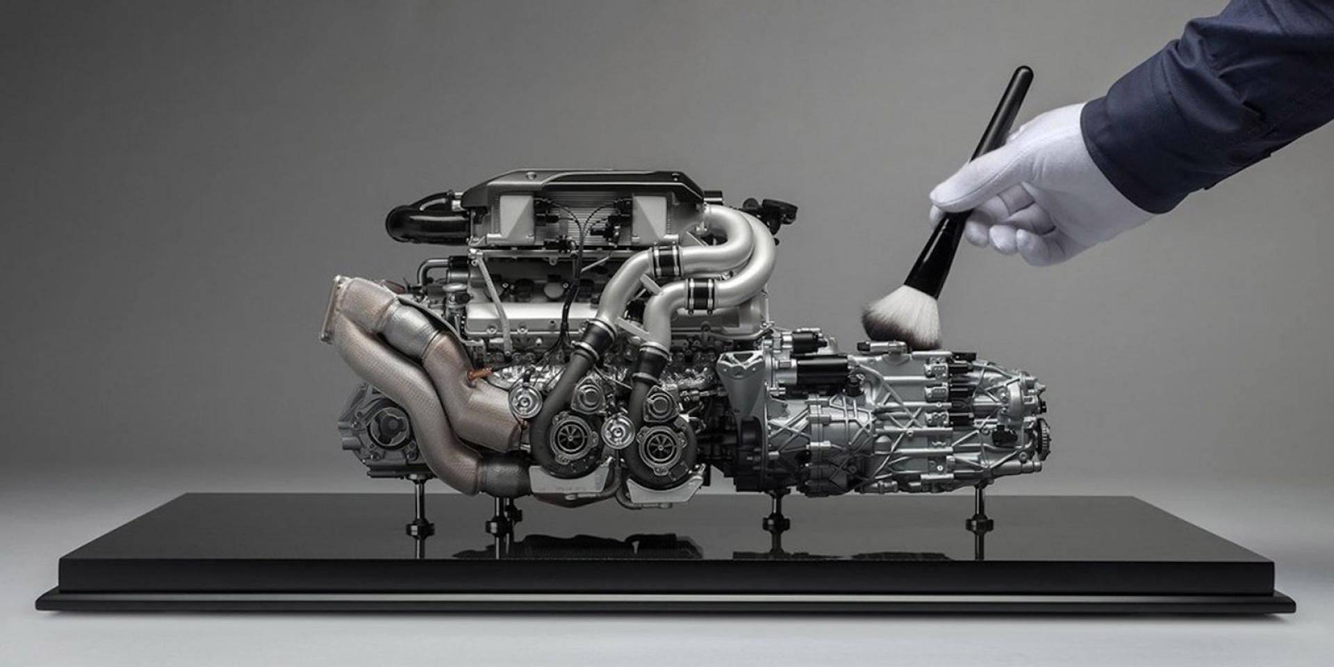 價值30萬的超精緻模型。Bugatti認證Chiron W16四渦輪引擎模型