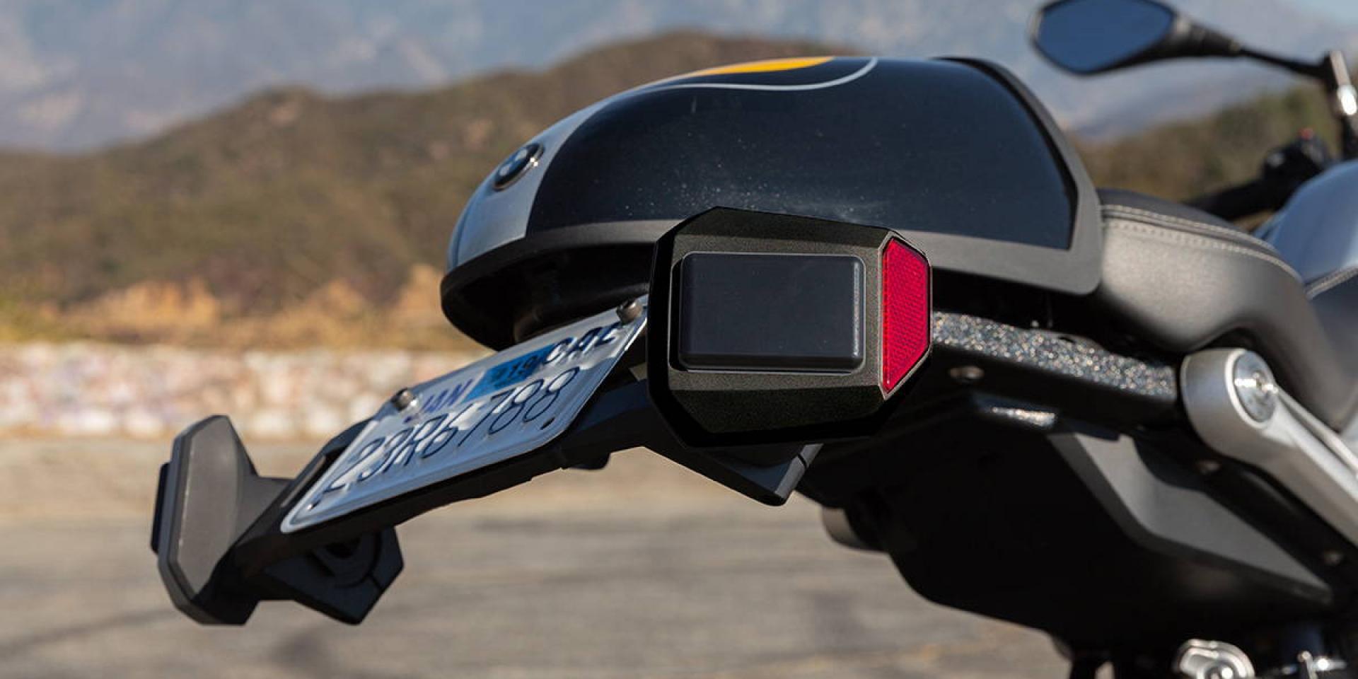 老車也能裝!來自台灣的Senzar盲點偵測改裝套件