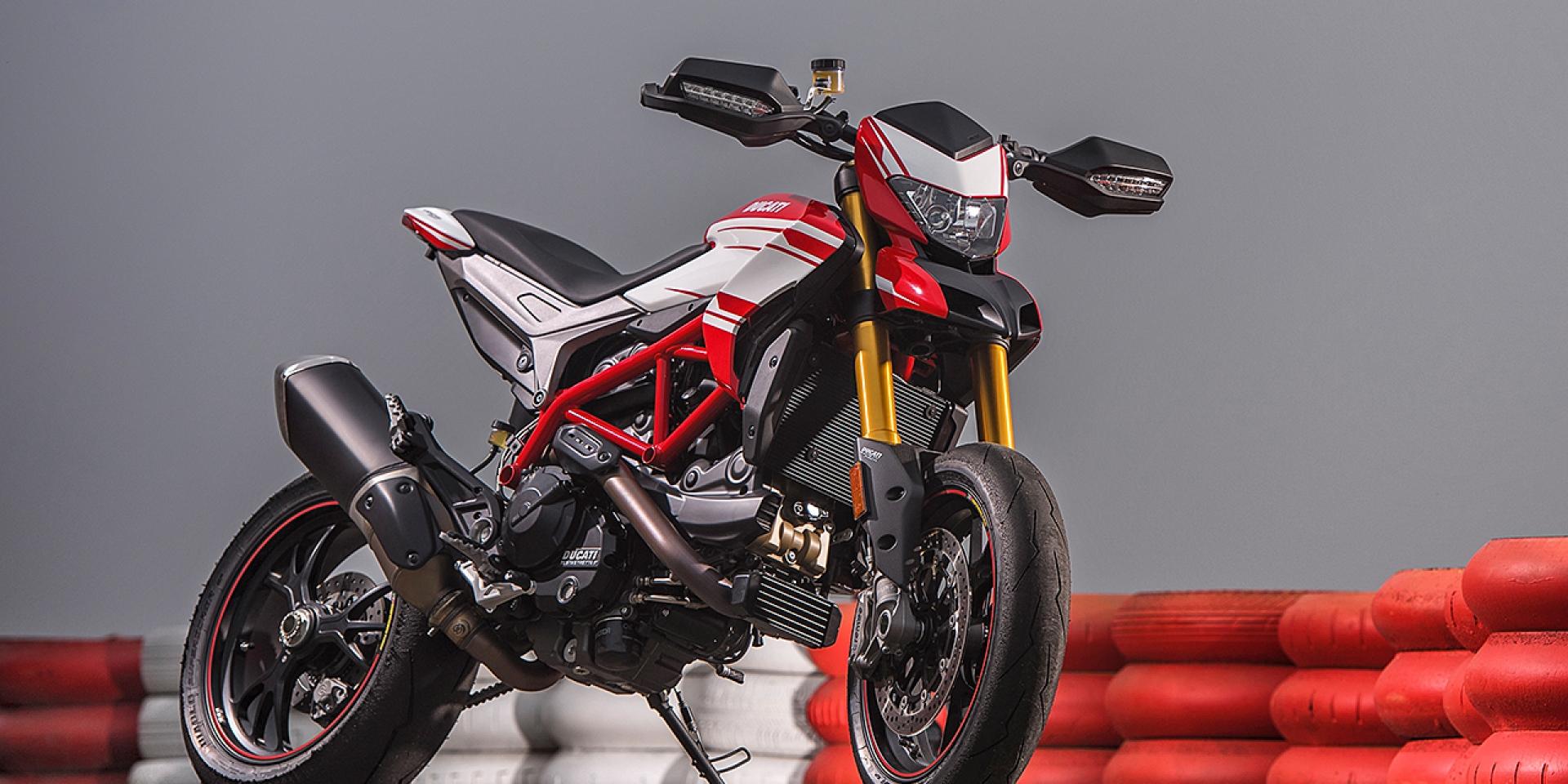 頂級規格登場。2017 Ducati Hypermotard 939 SP