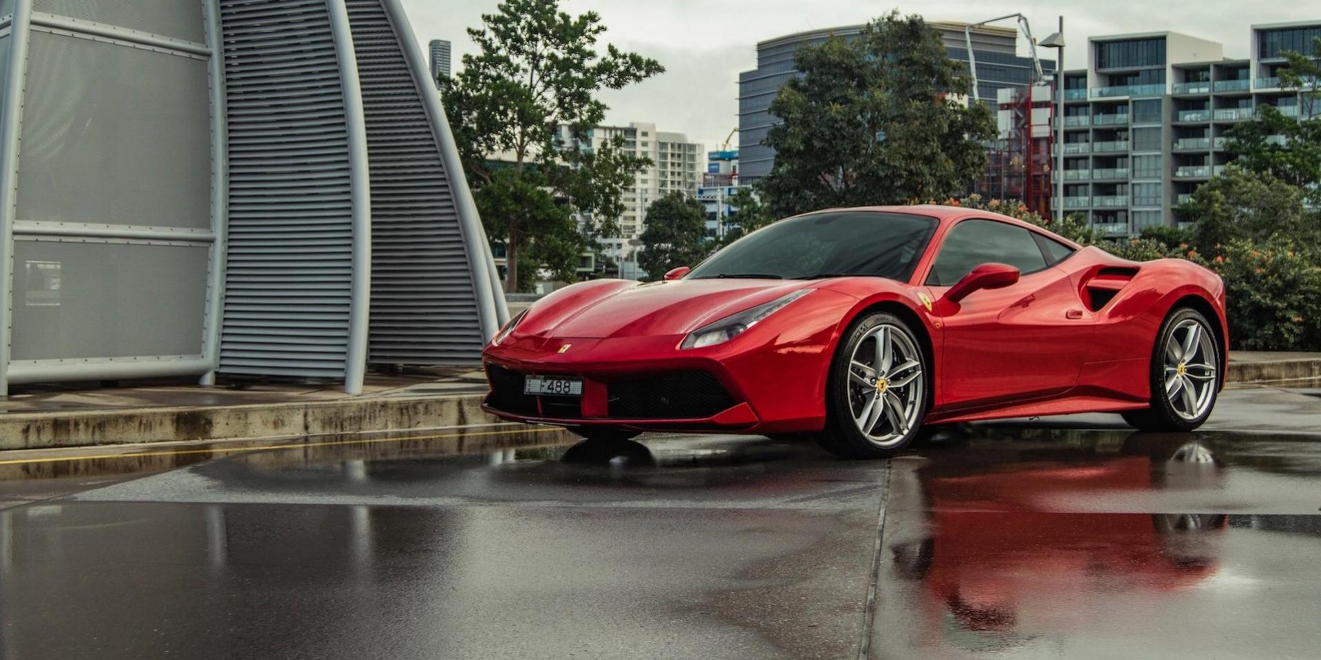 在Ferrari上班買不了全新的Ferrari, 想要的話只能找二手車
