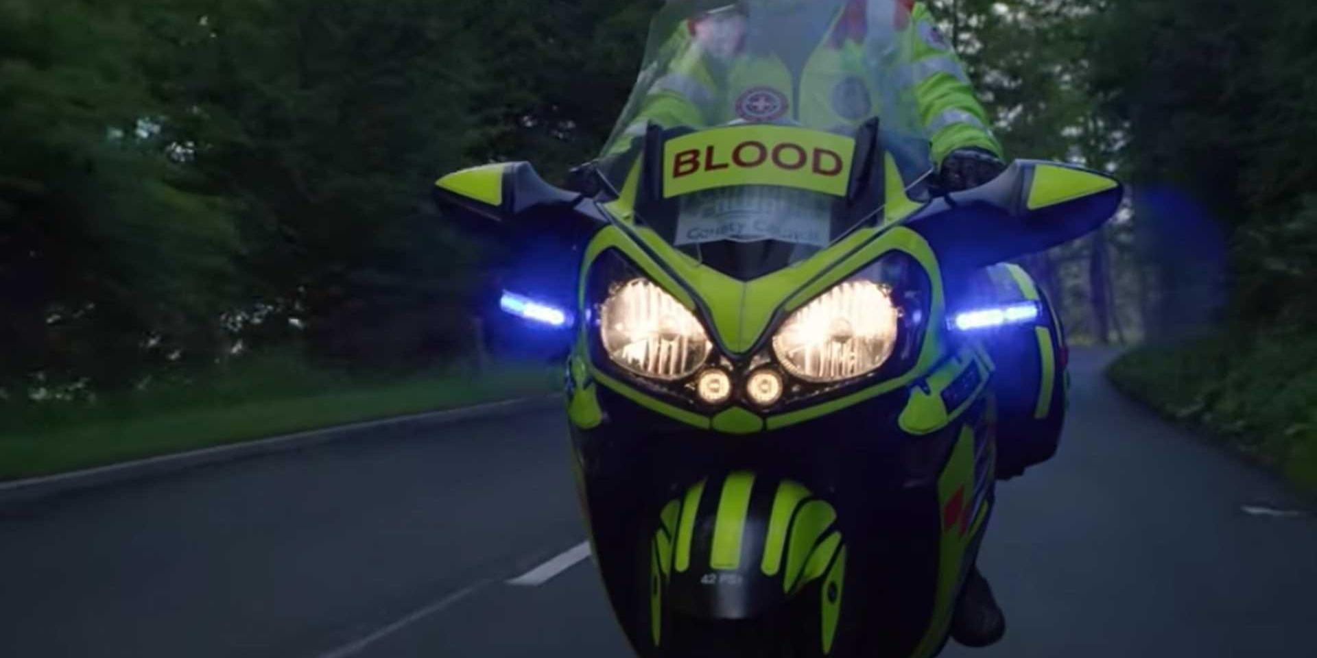 黃翼天使的救命之路!英國郡議會允許急救騎士隊使用公車道進行緊急救援