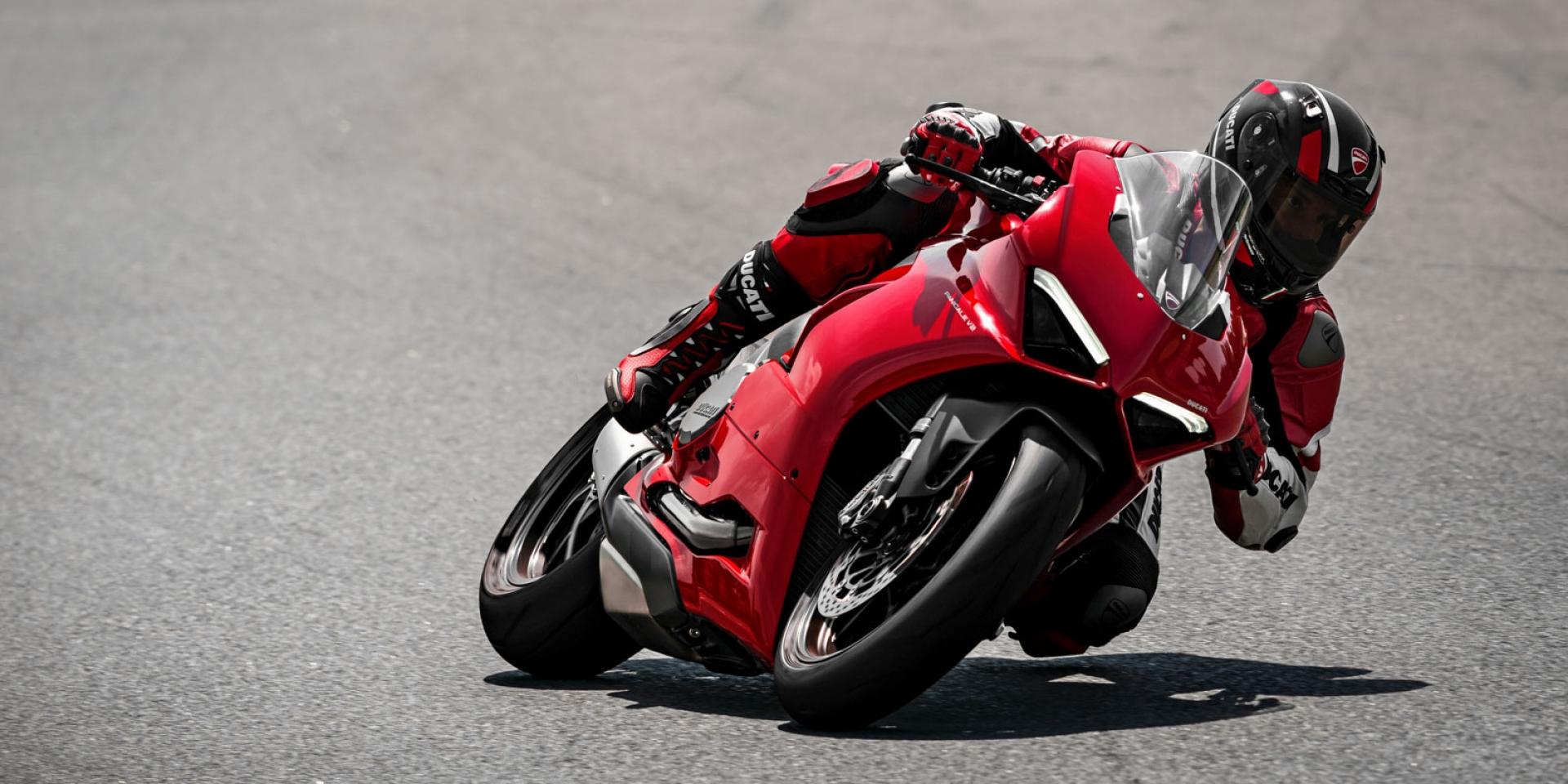 馬力更大更環保!Ducati Panigale V2發表