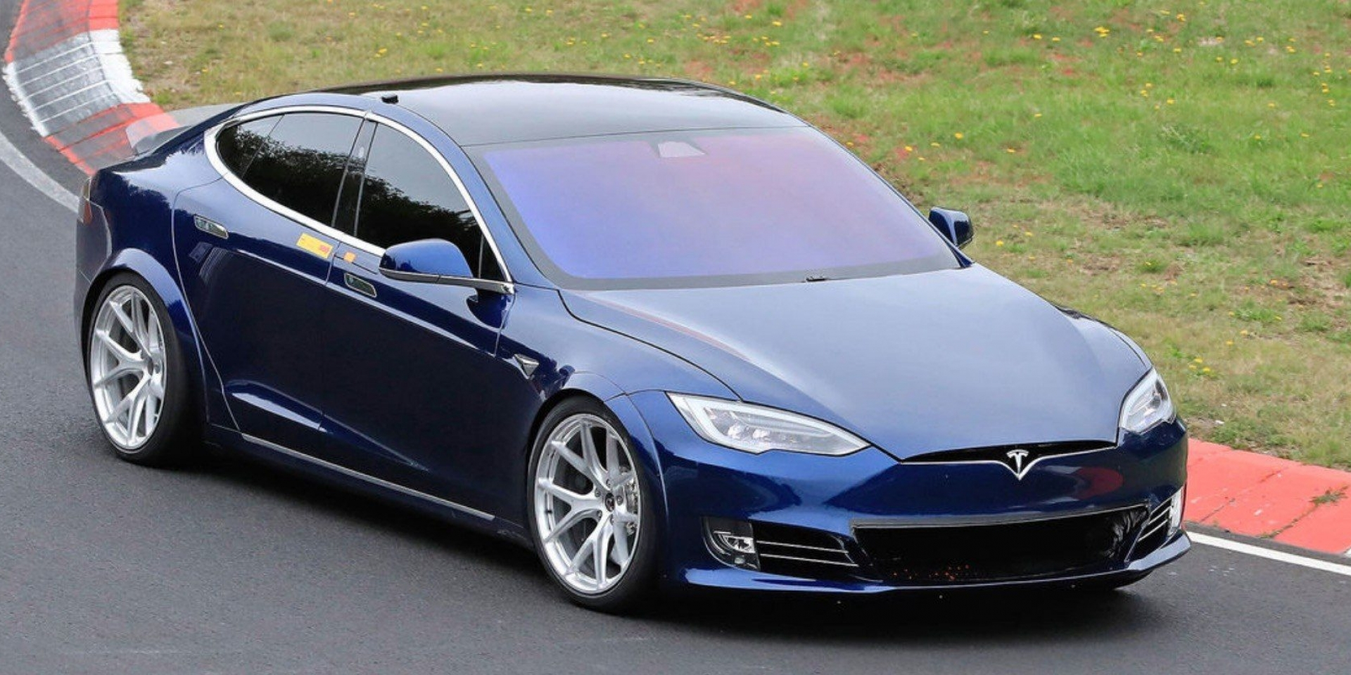比Porsche Taycan快了20秒?Model S將進入最後測試!