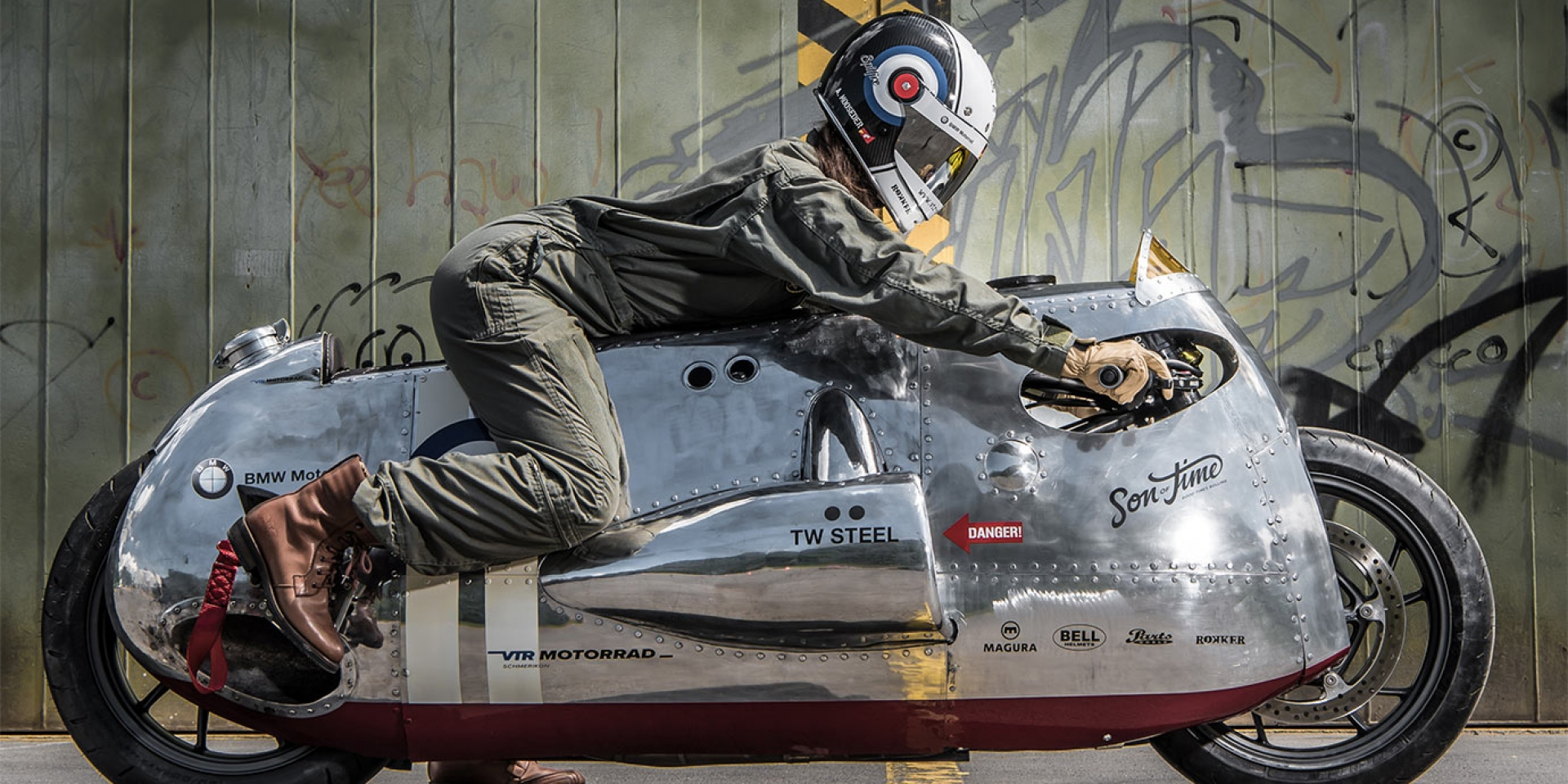 噴火式戰機的地表重生,'Spitfire' by VTR & TW Steel