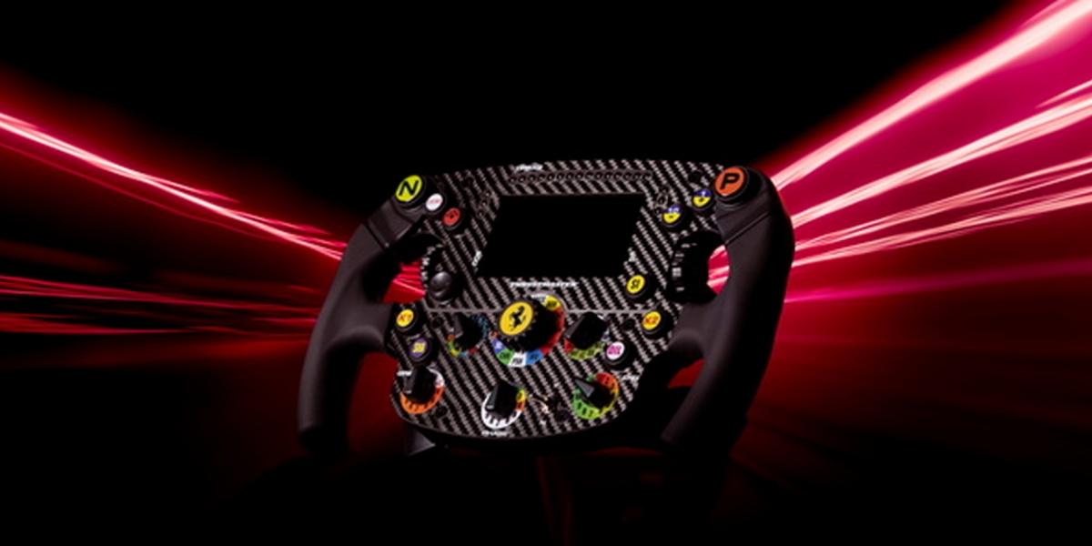 Ferrari F1 SF1000超擬真方向盤 1.3萬帶回家還可玩遊戲!
