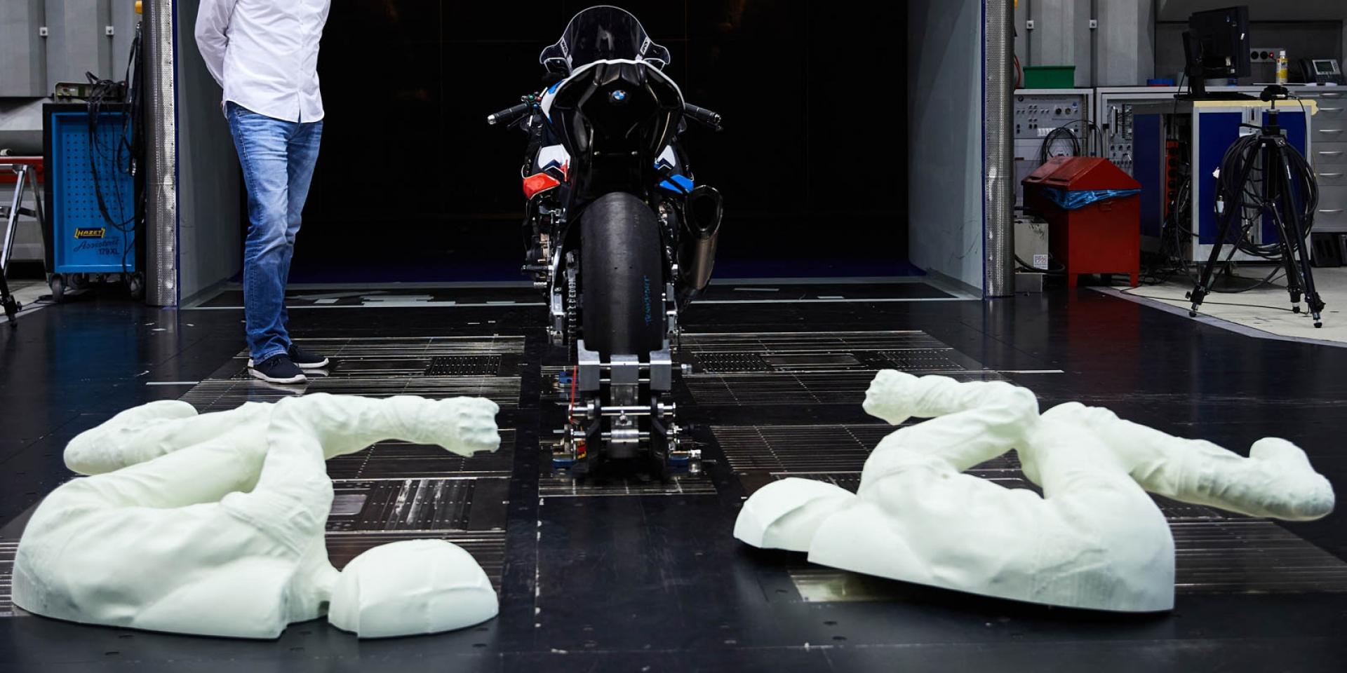 騎士 塑膠做的!BMW使用3D列印車手進行風洞測試