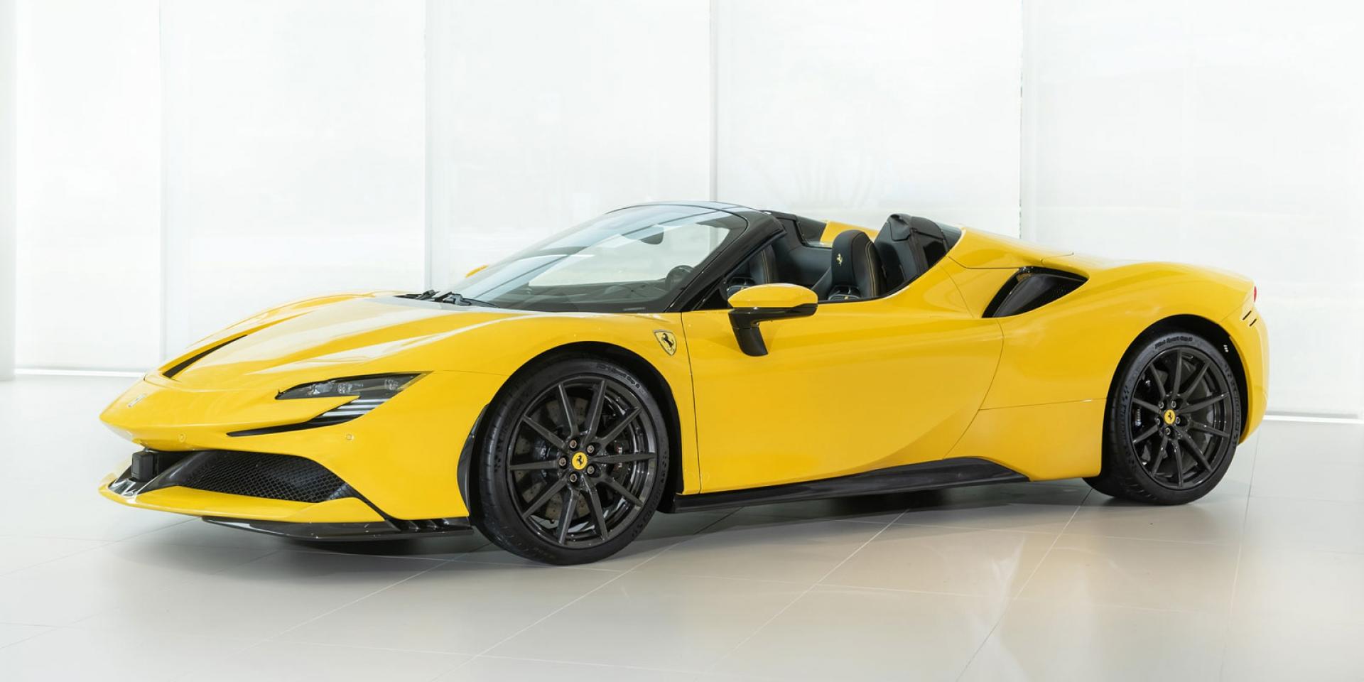 官方新聞稿。Ferrari SF90 Spider 史上性能最強悍的Ferrari法拉利量產敞篷跑車震撼登臺