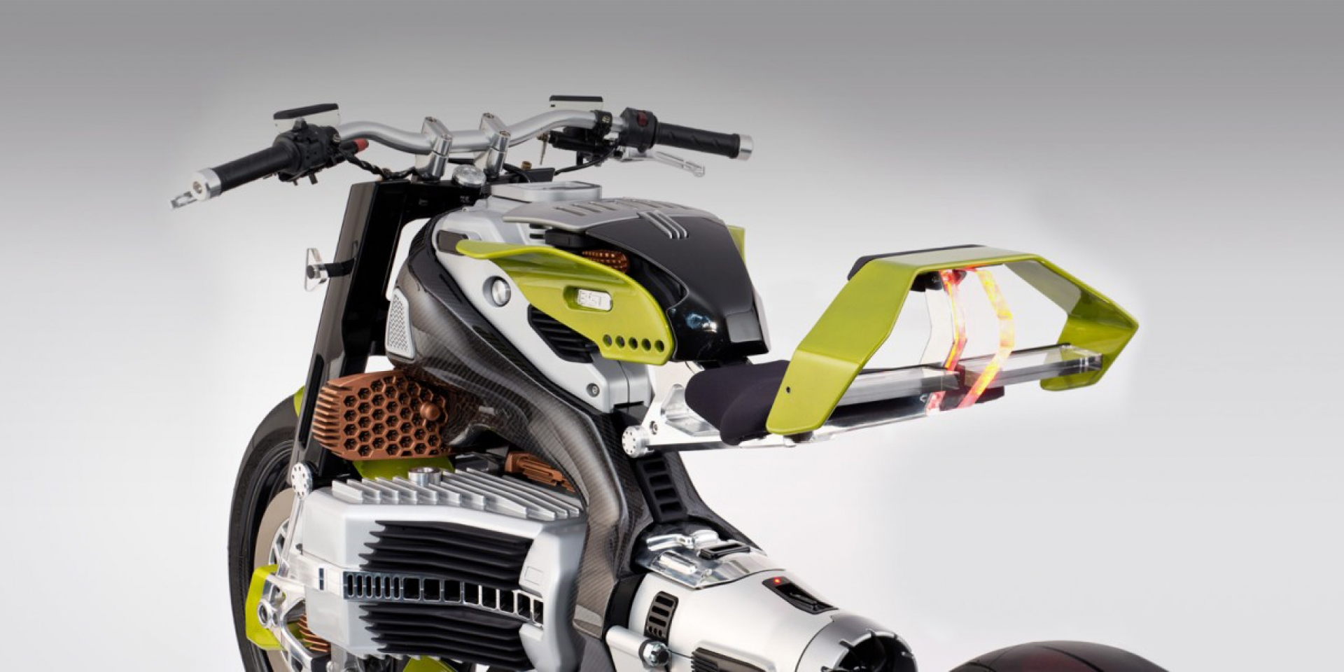 電能狂野美學。BST Hypertek 電動車