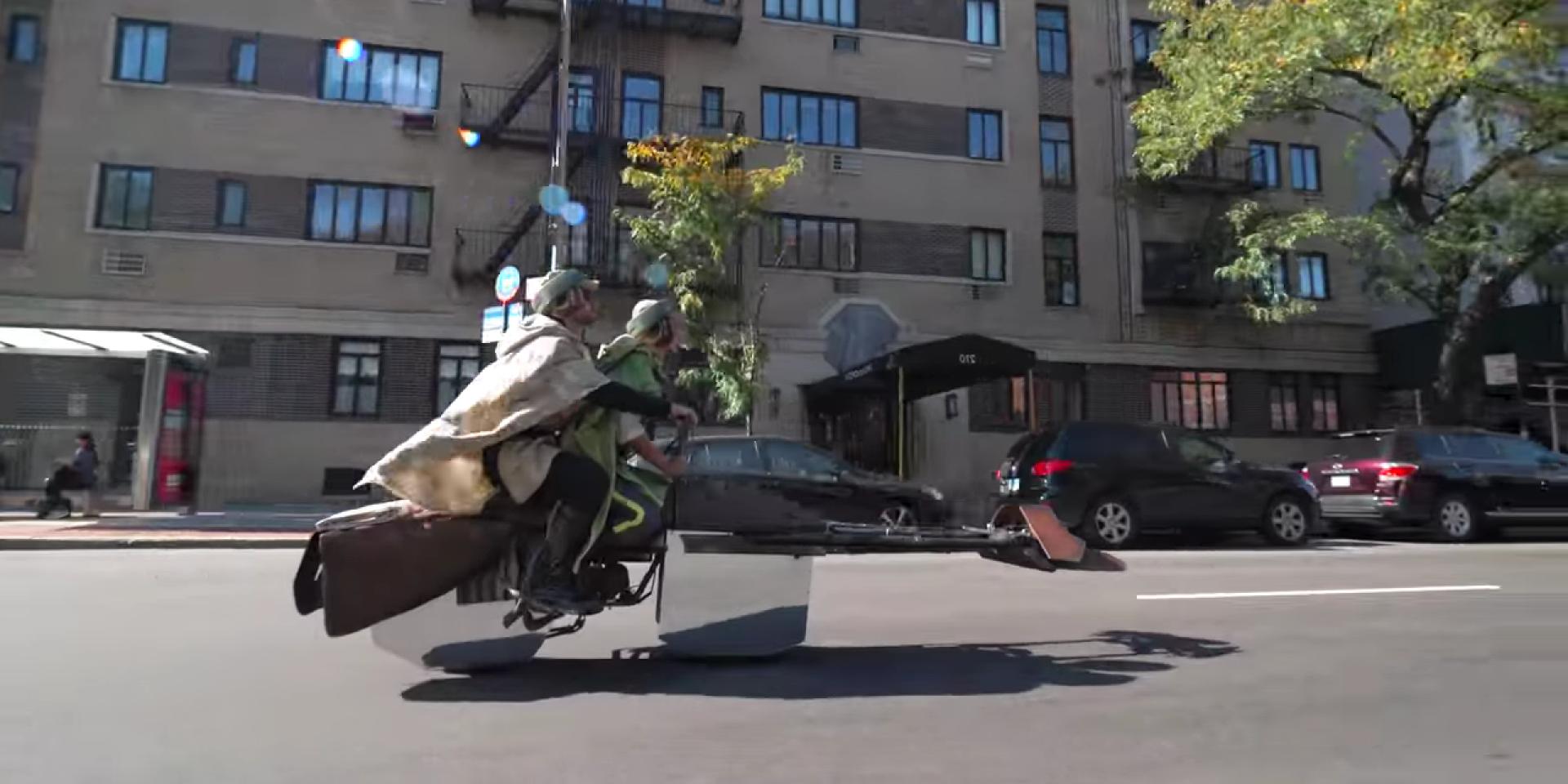 萬聖節沒有極限,星際大戰74-Z Speeder Bike完整呈現!