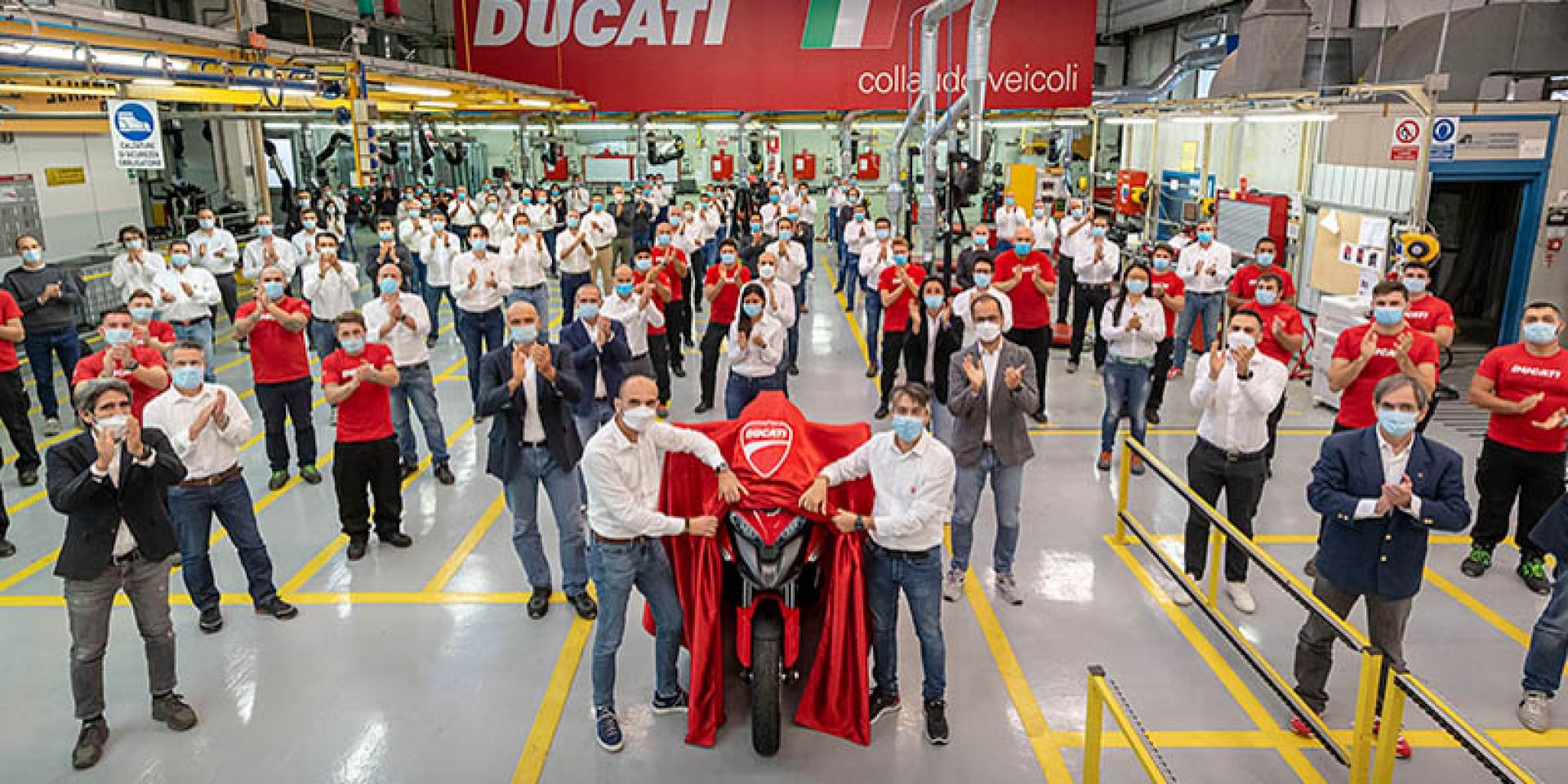 買車再等等!DUCATI Multistrada V4將成為首款配置ACC功能機車