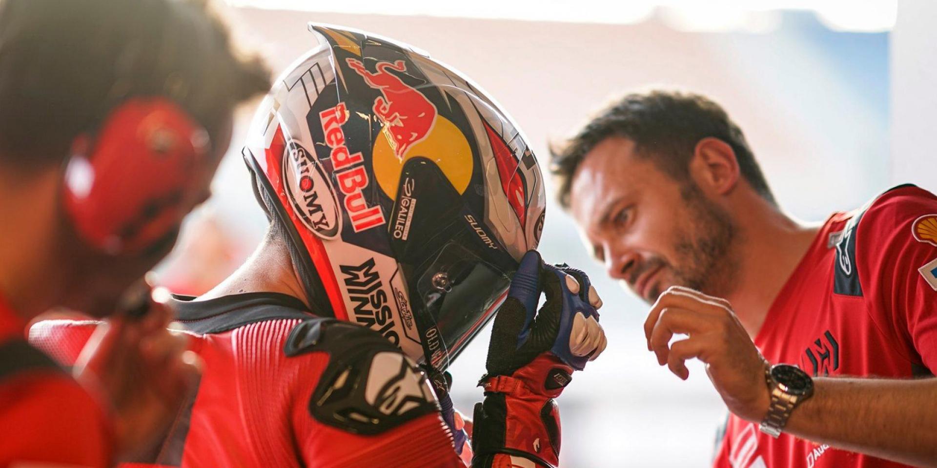 榮耀頭盔! Andrea Dovizioso比賽彩繪帽限量生產販售!