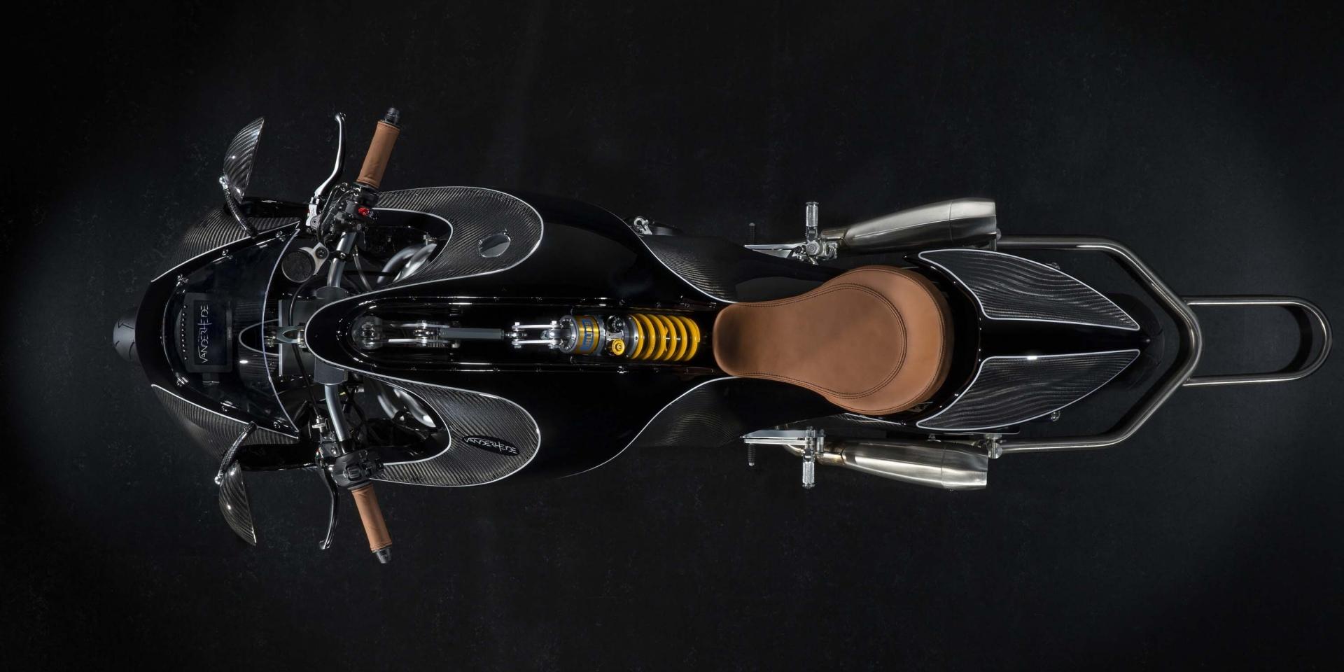 異想天開的瘋狂計畫!全碳纖維訂製車Gentleman's Racer