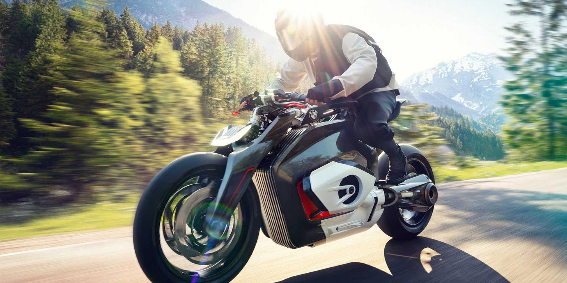 Vision DC Roadster準備上市?BMW註冊11項新商標,積極佈局電動車市場!