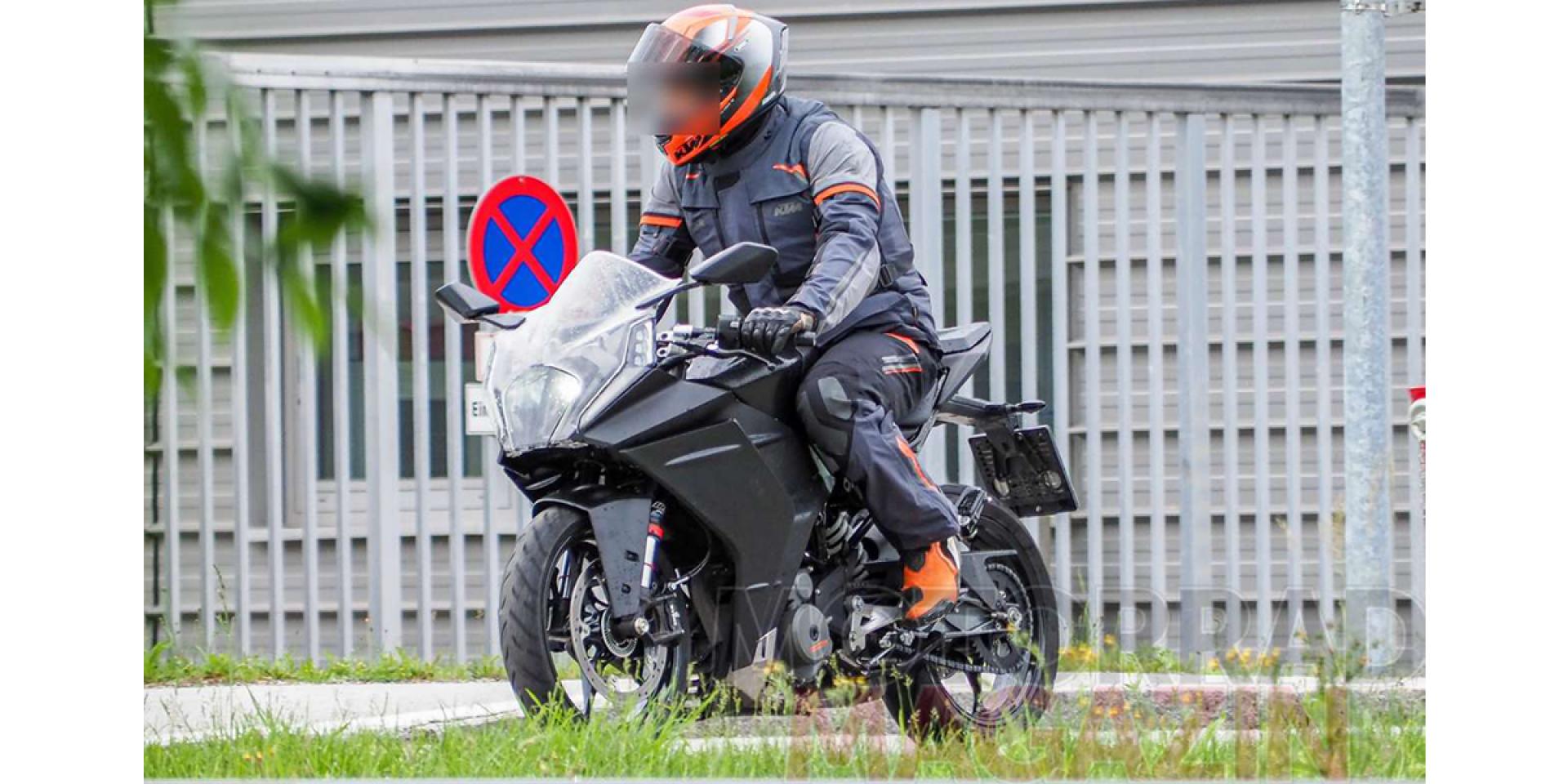 全新外觀設計上身!KTM RC 390改款測試車曝光