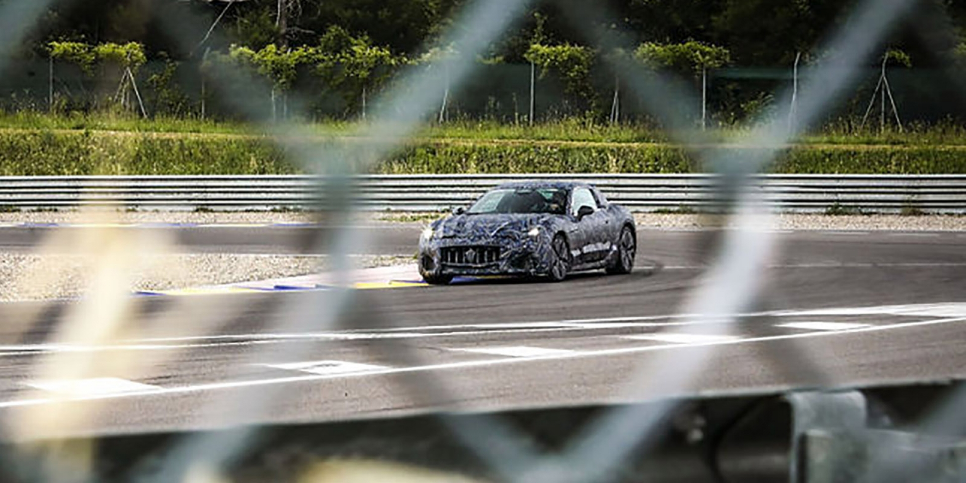 官方新聞稿。全新Maserati GranTurismo原型車首度亮相