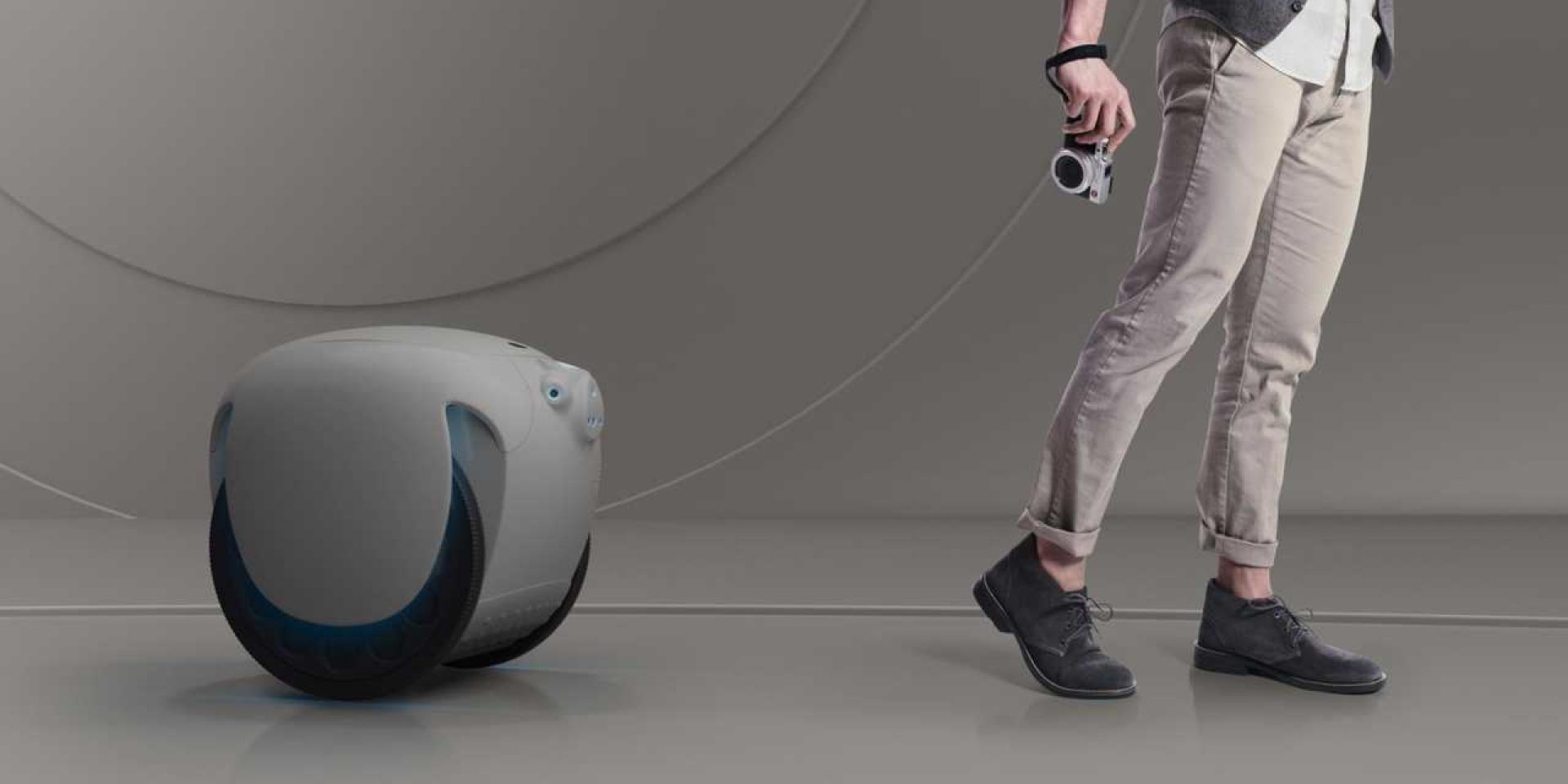 除了Vespa之外 Piaggio來打造了跟屁蟲機器人Gita