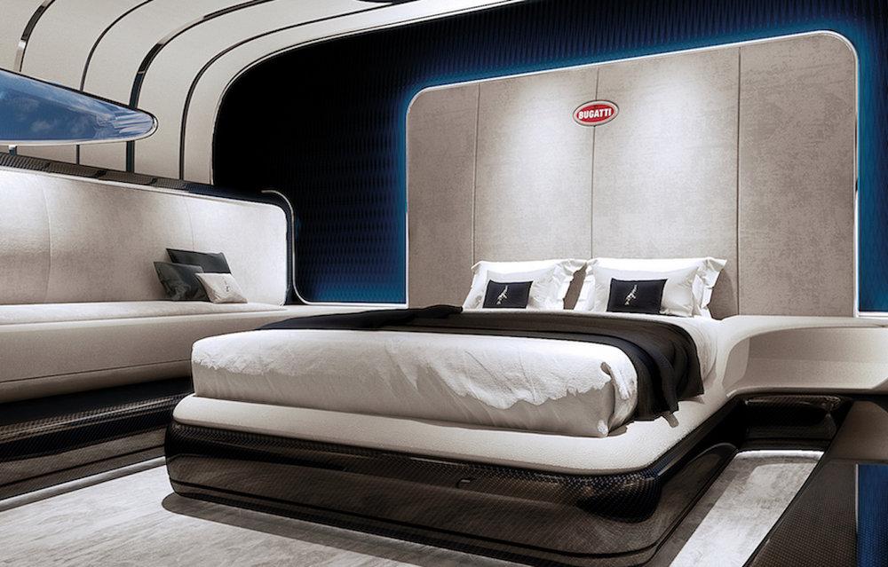 位在船艙內側的雙人臥房